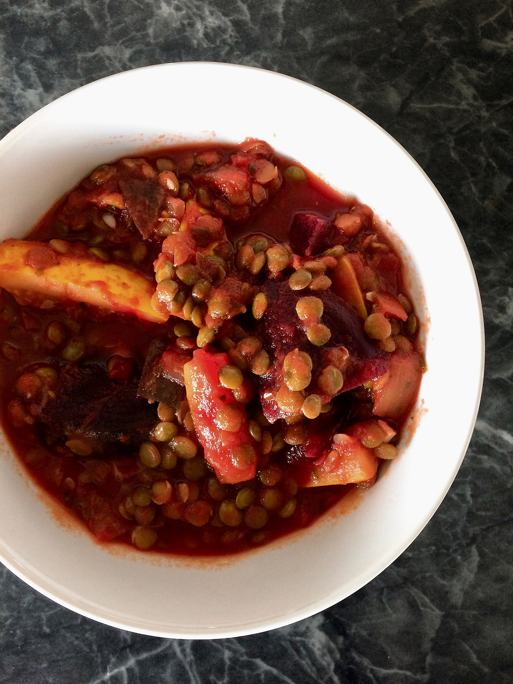 Lentil, tomato and beetroot stew