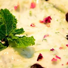Mast-o-Khiar (Yogurt Dip)