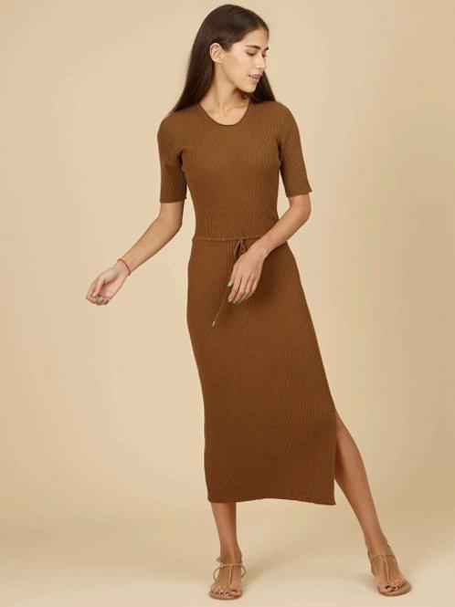 Трикотажное платье (коричневый)