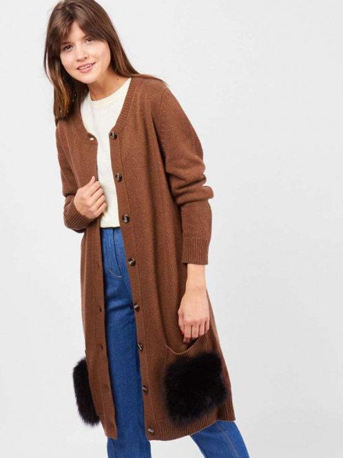 кардиган удлиненный с накладными карманами и поясом (коричневый)
