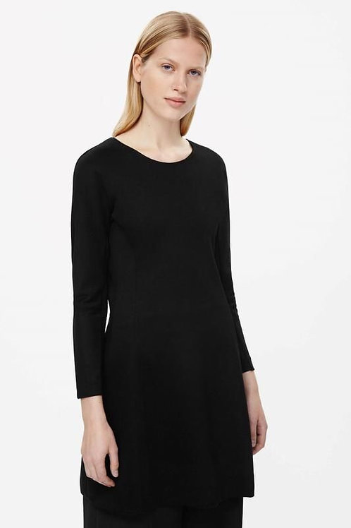 Cos шерстяное платье