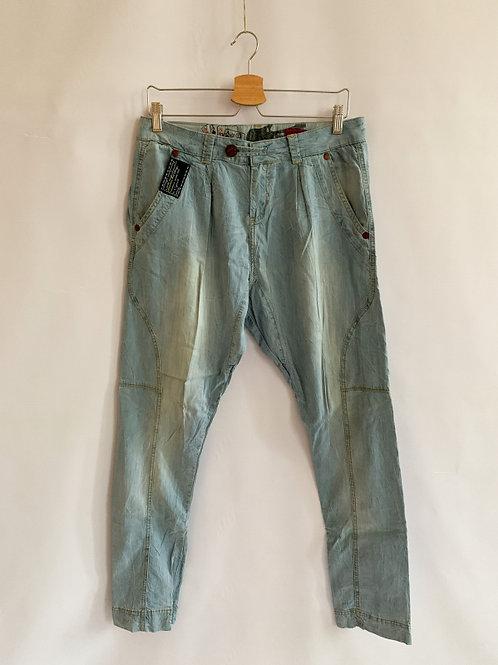 Легкие джинсовые брюки RERCTIVE