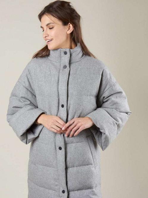 12STOREEZ Пальто стеганое из шерсти (серый)
