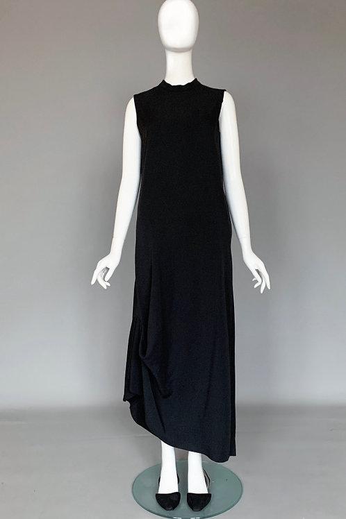 Черное минималистичное платье COS