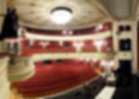 1600px-Görlitz_Theater_01.jpg
