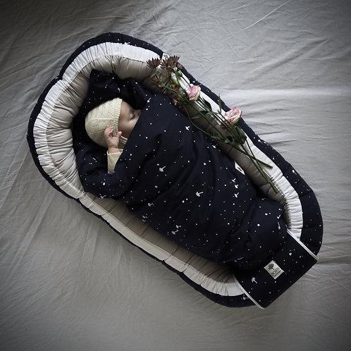 Hniezdo pre bábätko Born Copenhagen / Night Sky