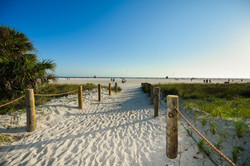 Siesta-Key-Hotel-on-Beach