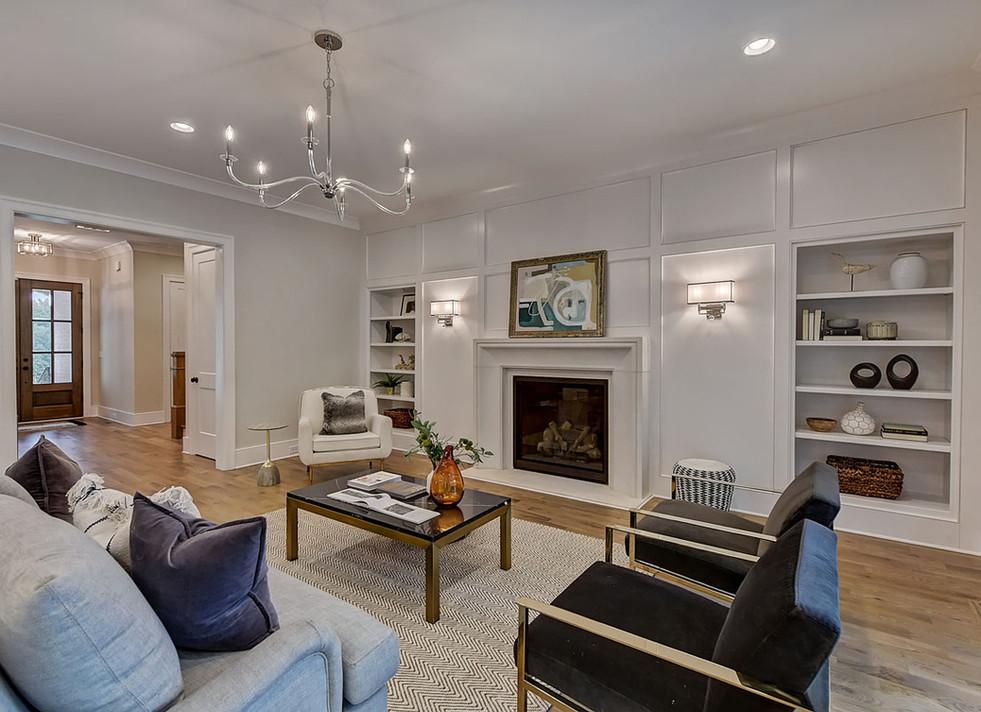 19-Living Room.jpg