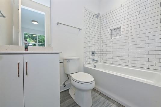 47-Bathroom.jpg