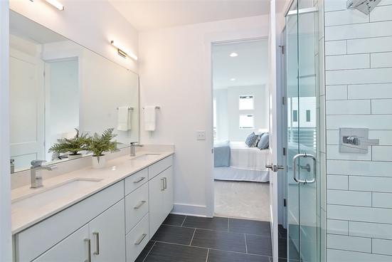 41-Master Bathroom.jpg