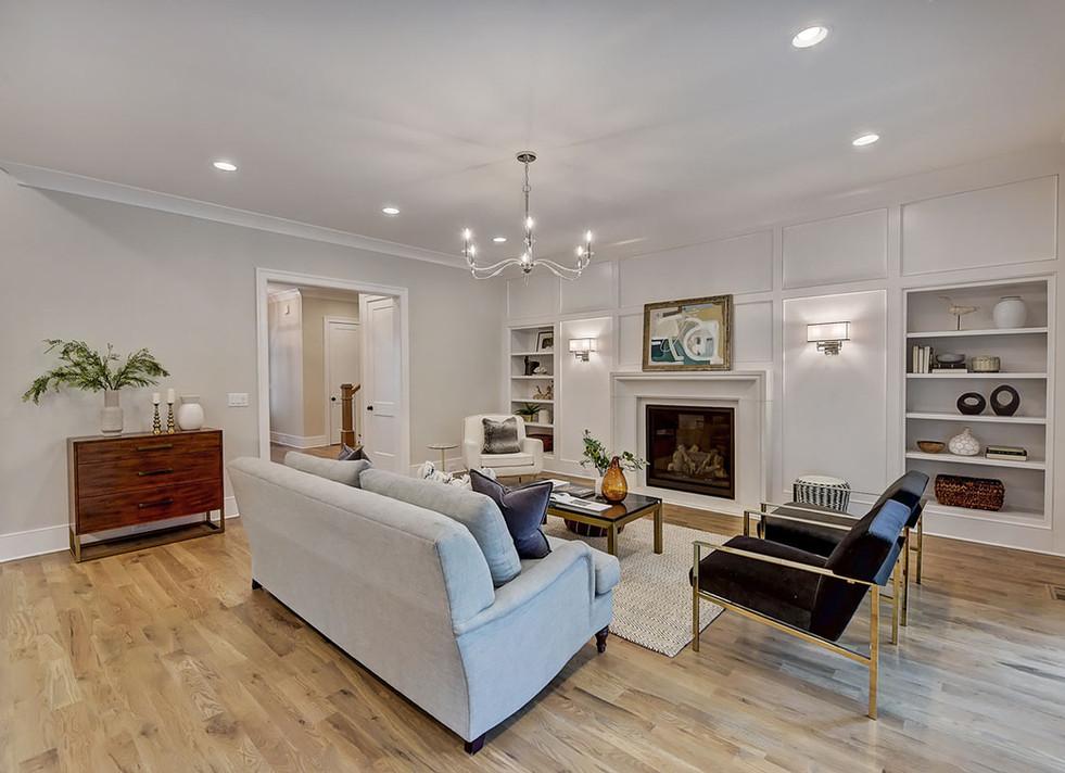 18-Living Room.jpg
