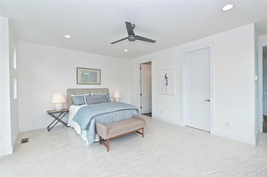 37-Master Bedroom.jpg