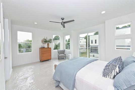 35-Master Bedroom.jpg