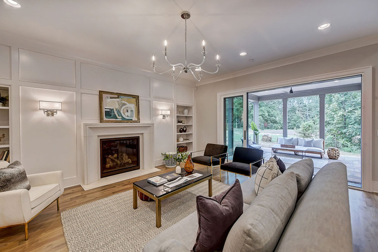 17-Living Room.jpg