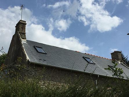 Exemple de toiture réalisée par Raikes Couverture à Langoelan