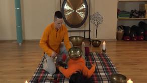 Тибетский виброакустический массаж поющими чашами.