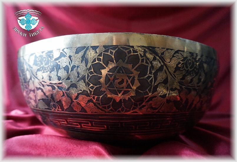 ЭКСКЛЮЗИВНАЯ Тибетская Поющая Чаша -«СЕМЬ ЧАКР» - 43 см. 156 Гц. нота Ре# - 16 .