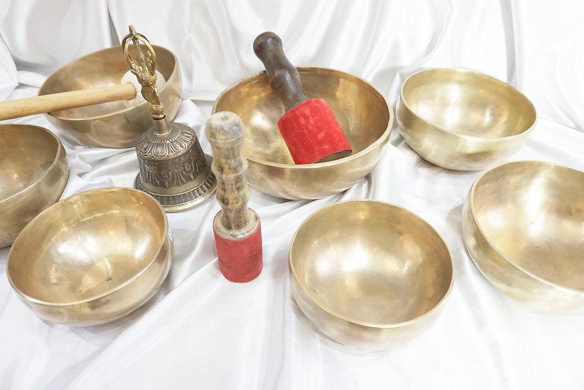 набор тибетских поющих чаш