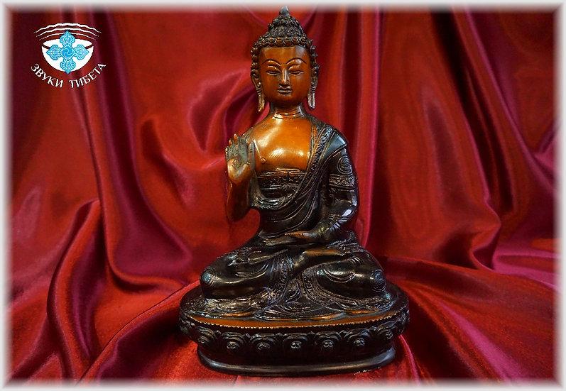 Большая статуэтка Будды