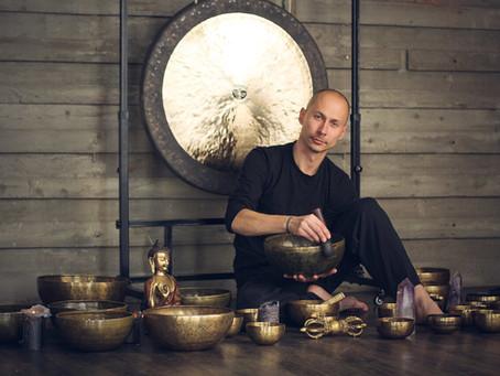Как изготавливаются кованые тибетские гонги Звуки Тибета.