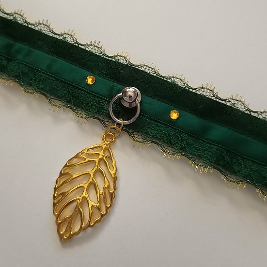 Gold Leaf Collar - 35.5cm