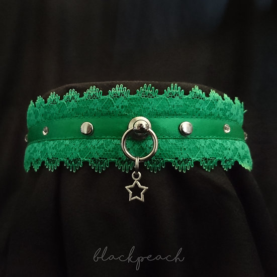 Classic Lace & Crystal Collar - Green