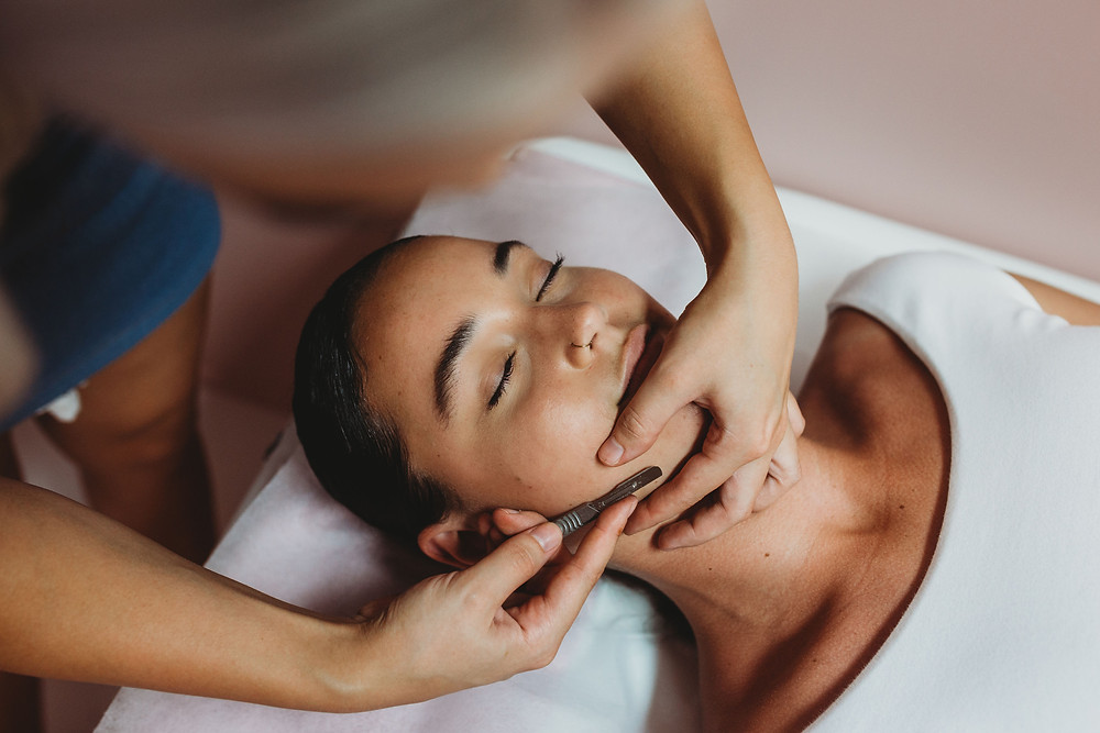 Gold Coast dermaplaning facial treatment