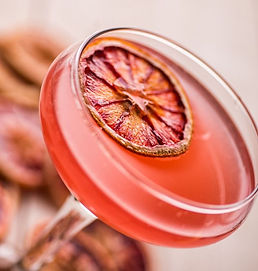 Smiths-gin-Jasmine-cocktail-compressor.j