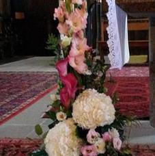 Composition haute pour l'autel