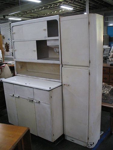 Vintage Sellers Hoosier Cabinet with Flour Sifter and Side Pantry