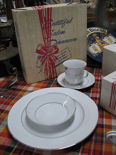 Vintage Salem China Co. Lace Bouquet Pattern Dinnerware Place Setting