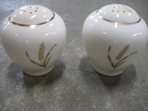 Vintage Homer Laughlin Golden Wheat Salt & Pepper Shakers