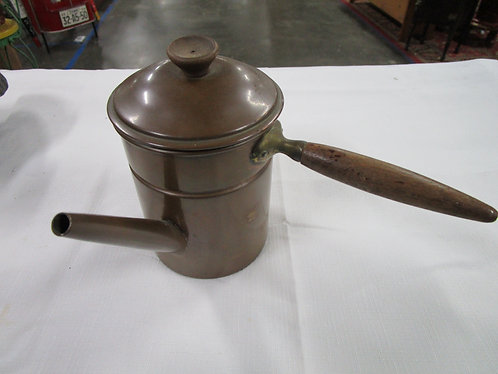 Copper on tin coffee pot with lid and wooden handle