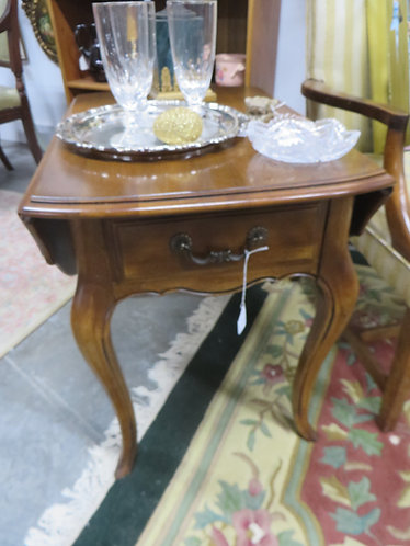 Vintage Ethan Allen French Drop Leaf Table