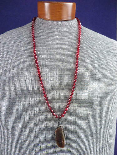 Vintage Beaded Red & Green Amber Stone on Red Amber Necklace