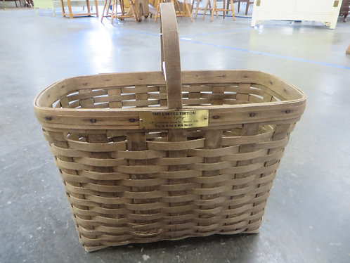 Longaberger 1981 Limited Edition Longaberger Signed Basket