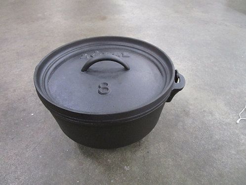 Lodge USA #8 Cast Iron Tripod Camp Dutch Oven Pot with Matching Lid