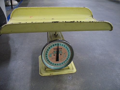 Vintage Hanson 30 Pound Nursery Scale Model 3025