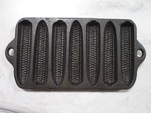 Lodge Cast Iron Small 7 Slot Cornbread Baking Pan Mold