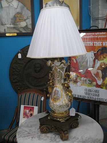 Antique Porcelain Vase Body Electric Lamp