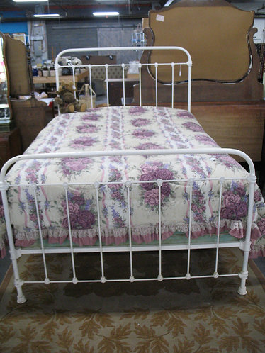Antique Cast Iron Full Size Bed