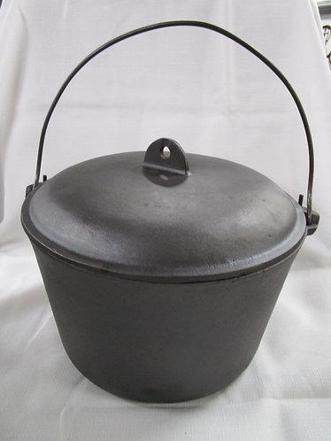 BSR 8 D Flat Bottom Cast Iron Pot with Cast Iron Lid