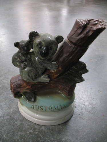 Vintage 1973 Jim Beam Australia Liquor Decanter