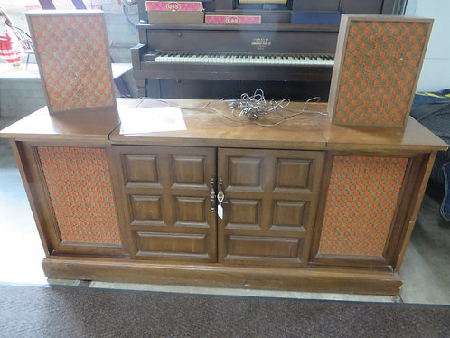 Vintage Sears Stereo Console with (2) Speakers