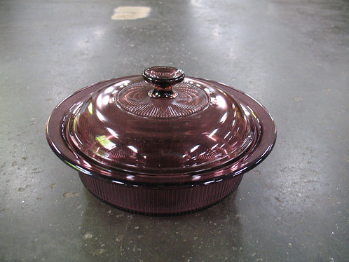 Corning USA Cranberry Glass 1.5 Quart Casserole Dish with Lid