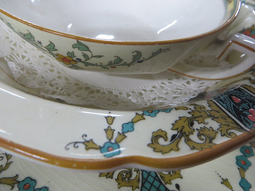 Vintage Crown Ducal English Fine China Service for 8 plus extras