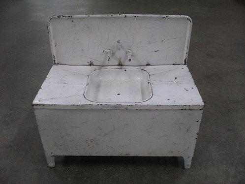 Vintage Tin Children's Play Farmhouse Sink