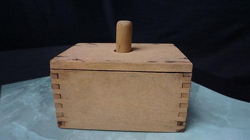 Early Wooden Finger Dovetail Butter Mold, Rectangular, Plain