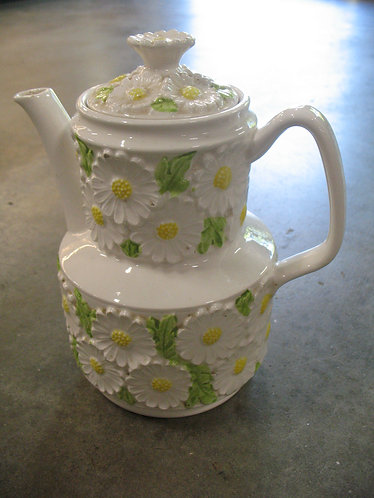 Vintage Made in Japan Daisy Teapot