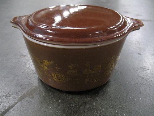 Vintage Pyrex Americana 1 Quart Casserole Dish with Lid